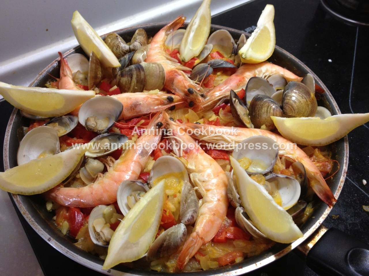 Paella 西班牙海鮮飯 | Annina Cookbook
