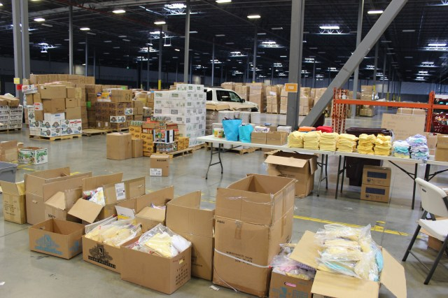 2014-10-2 Packing Kits for Zimbabwe (31)