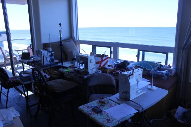 2014-11-1-8 CA Quilt Retreat Oceanside (12)