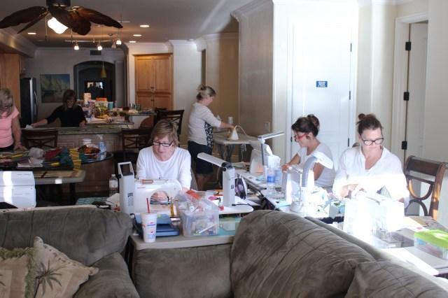 2014-11-1-8 CA Quilt Retreat Oceanside (26)
