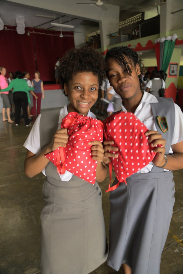 2015-1-20 Kits in Jamaica (19)