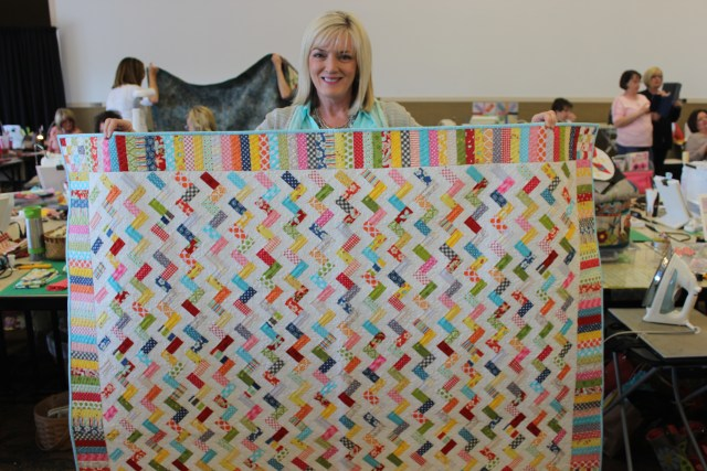 2015-4 American Quilting Retreat (181)