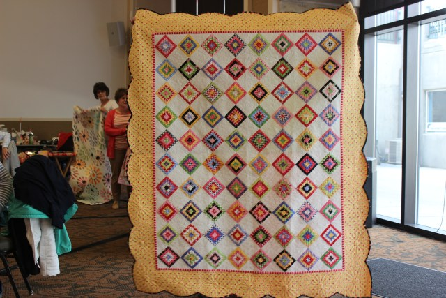 2015-4 American Quilting Retreat (20)