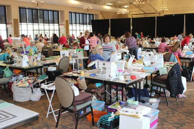 2015-4 American Quilting Retreat (224)