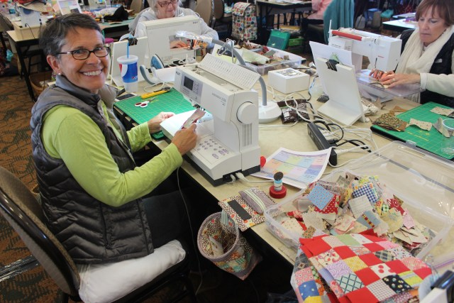 2015-4 American Quilting Retreat (52)