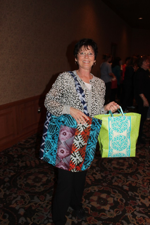 2015-4 American Quilting Retreat (85)