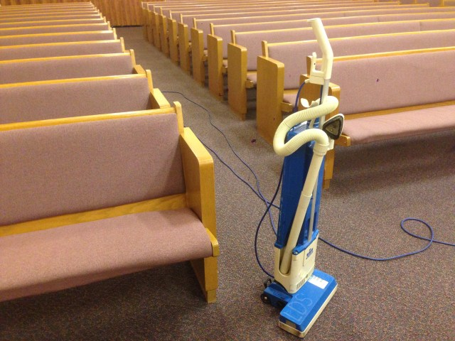 2015-4-21 Cleaning Church (3)