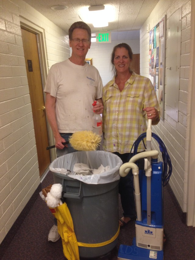 2015-4-21 Cleaning Church (9)