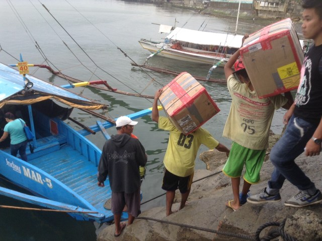 2015-7-30 Philippines Supplies Arrive 5
