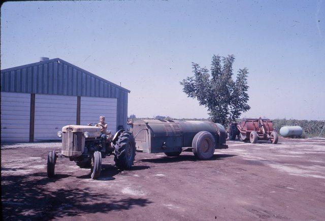 Farming Operations009