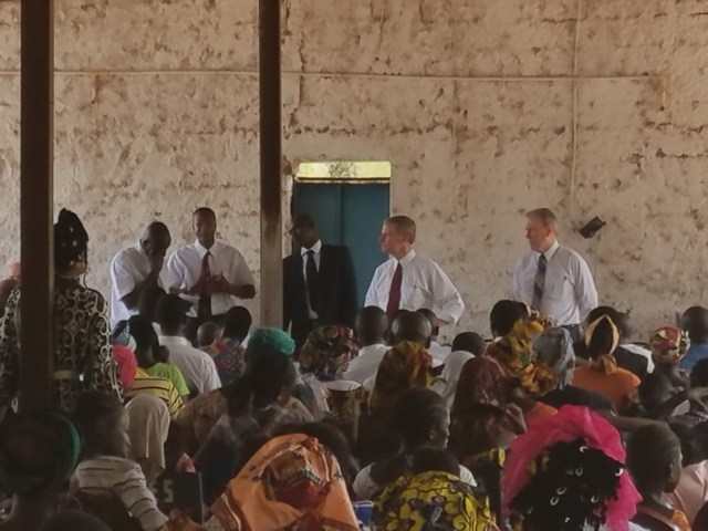 2017-5-23 Elder Bednar in Mali (2)