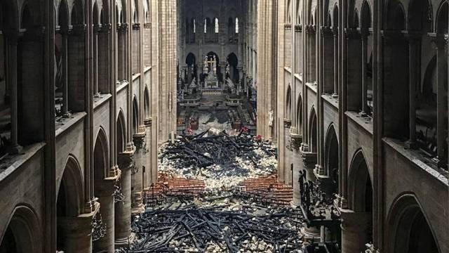 Notre Dame Fire 3