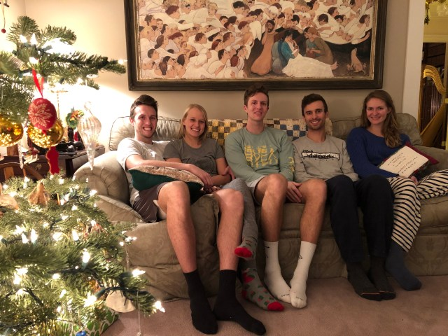 2018-12-24 CMS Lewis Family (12)