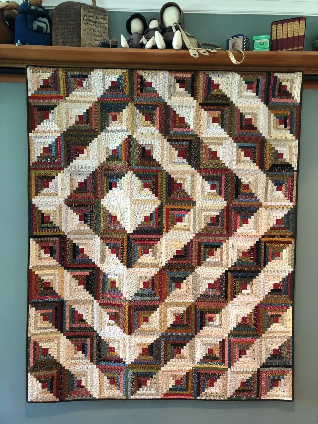 2019 Log Cabin Variation #2 by Ann Lewis (1)
