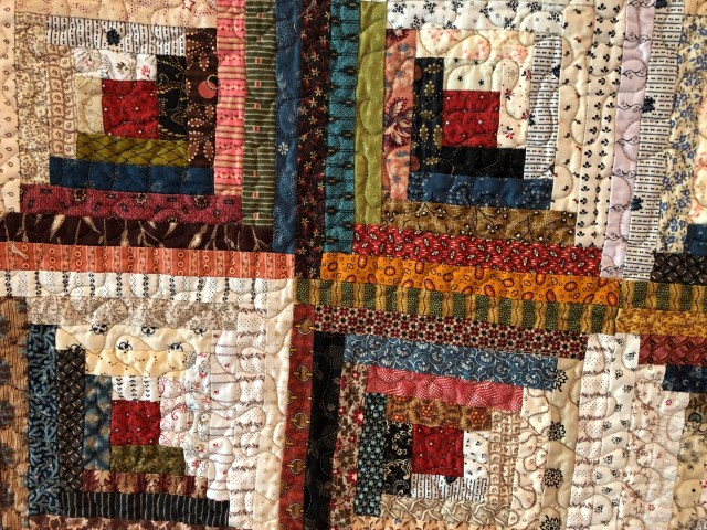 2019 Log Cabin Variation #3 by Ann Lewis (4)