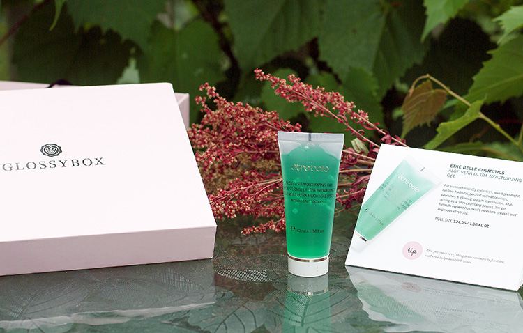 Glossybox June reviews by style blogger Ann from AnnRobieFashion.com: Etre Belle Cosmetics, Aloe Vera Ultra Moisturizing Gel