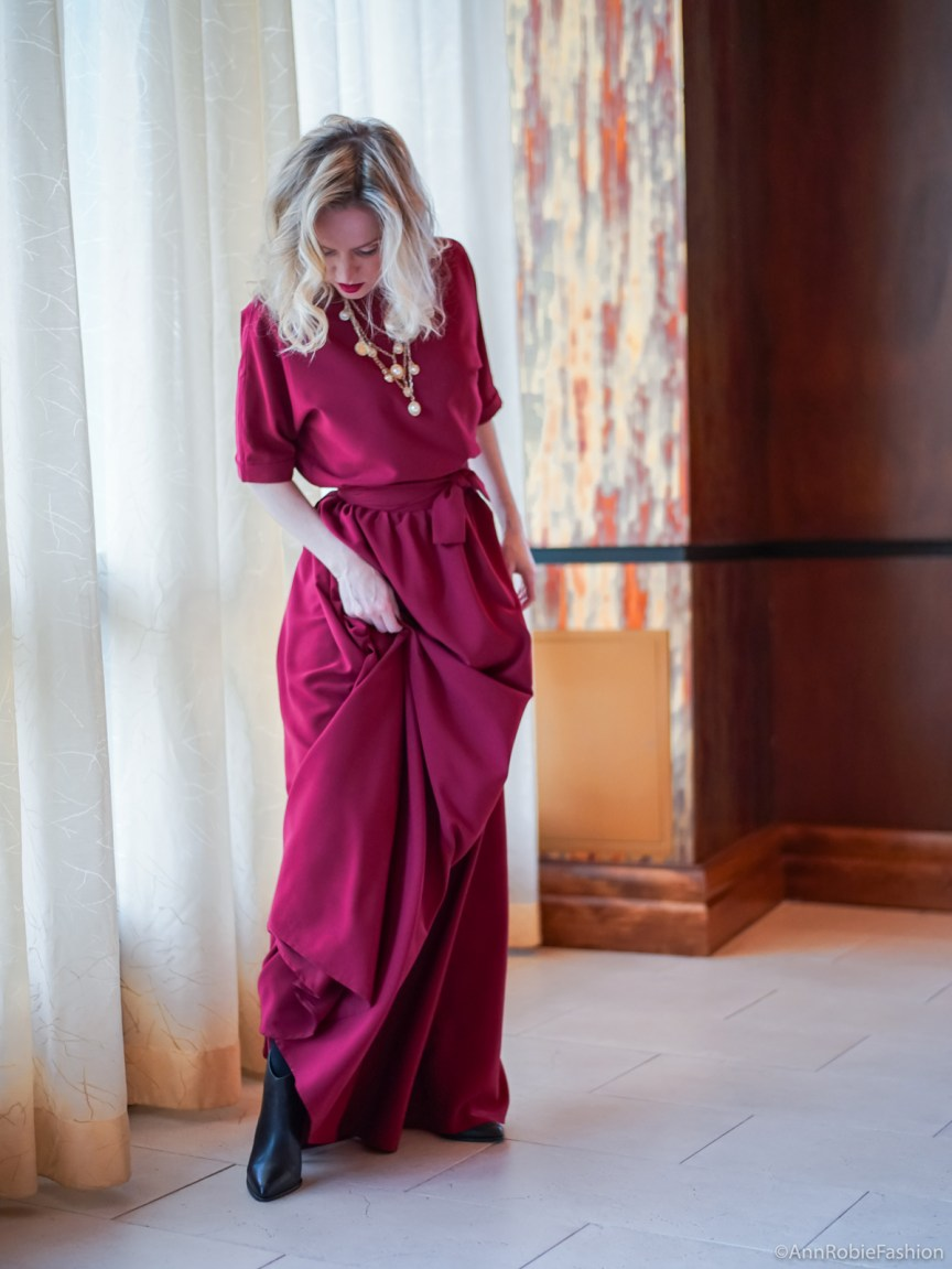 Red maxi dress outfit for Christmas by style blogger AnnRobieFashion