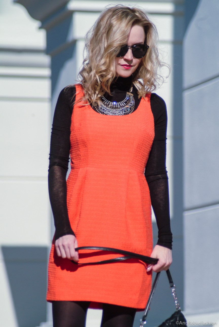 Street style: orange sleeveless dress, black turtleneck sweater, suede heels - petite street style by fashion blogger AnnRobieFashion