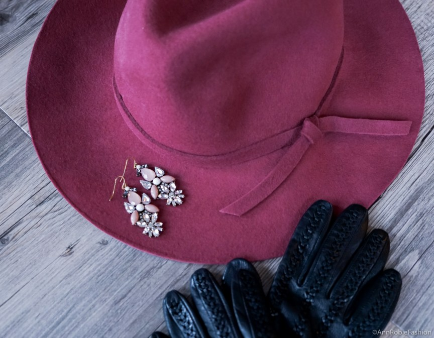Kara earrings, Perry Street Rocksbox review by style blogger AnnRobieFashion