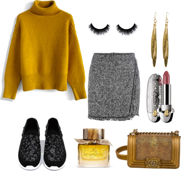 What to wear with the sneakers grey wrap skirt, mustard oversized sweater, Zara leather sneakers with floral details - outfit by style blogger AnnRobieFashion