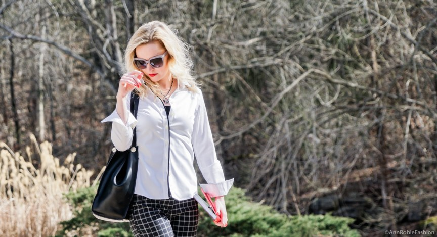 Urban chic with red nails: Plaid pants Ann Taylor, white shirt Banana Republic, heels Calvin Klein - outfit by petite style blogger AnnRobieFashion