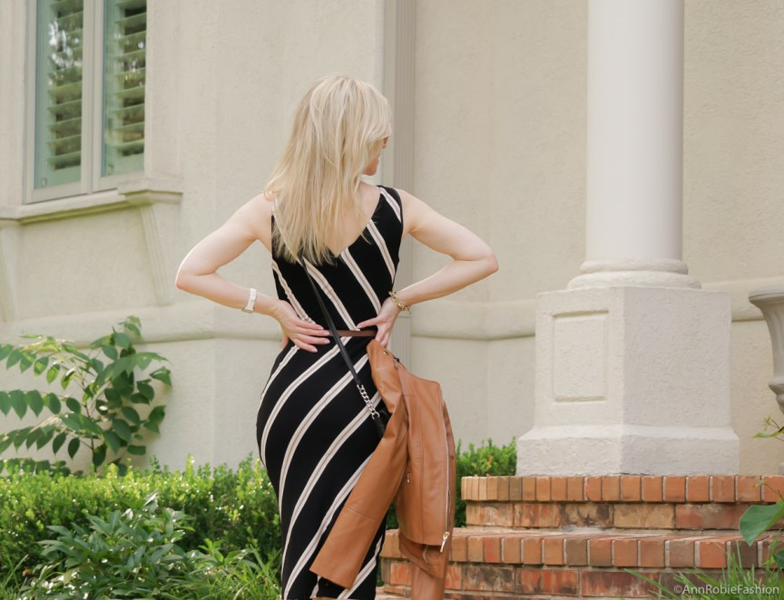 Summer style for petites: Black & brown striped bodycon dress White House Black Market, platform sandals White House Black Market - casual outfit by petite style blogger AnnRobieFashion