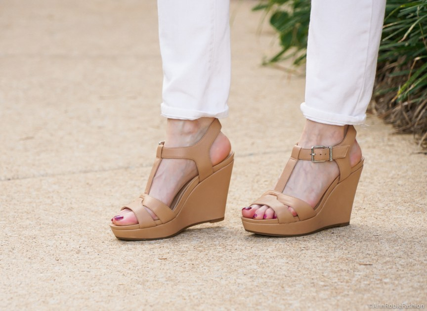 tan wedges Gianni Bini - casual outfit by petite style blogger AnnRobieFashion