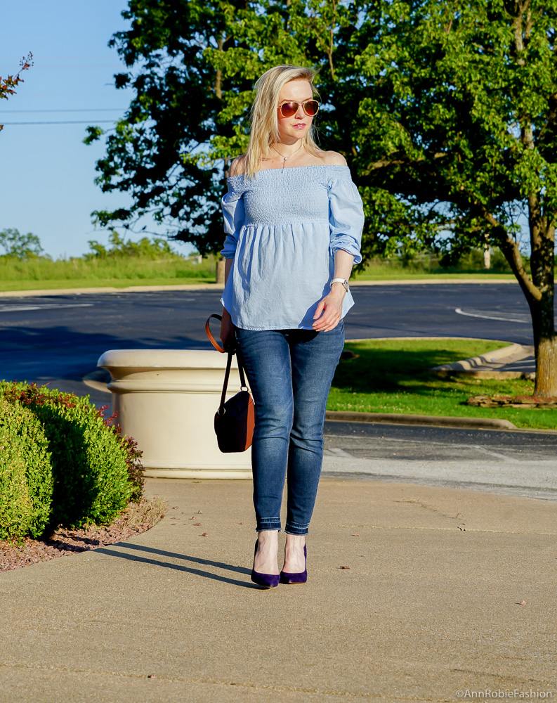 Baby blue off-the-shoulder top, skinny maternity jeans - outfit ...