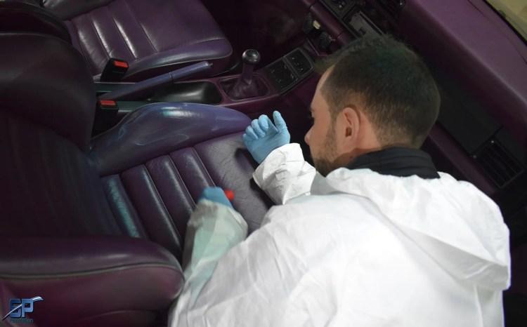 entretien cuir porsche 964 par florian de full excellence auto à st malo de guersac