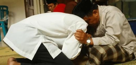 Di Balik Perintah Berbakti Kepada Orang Tua