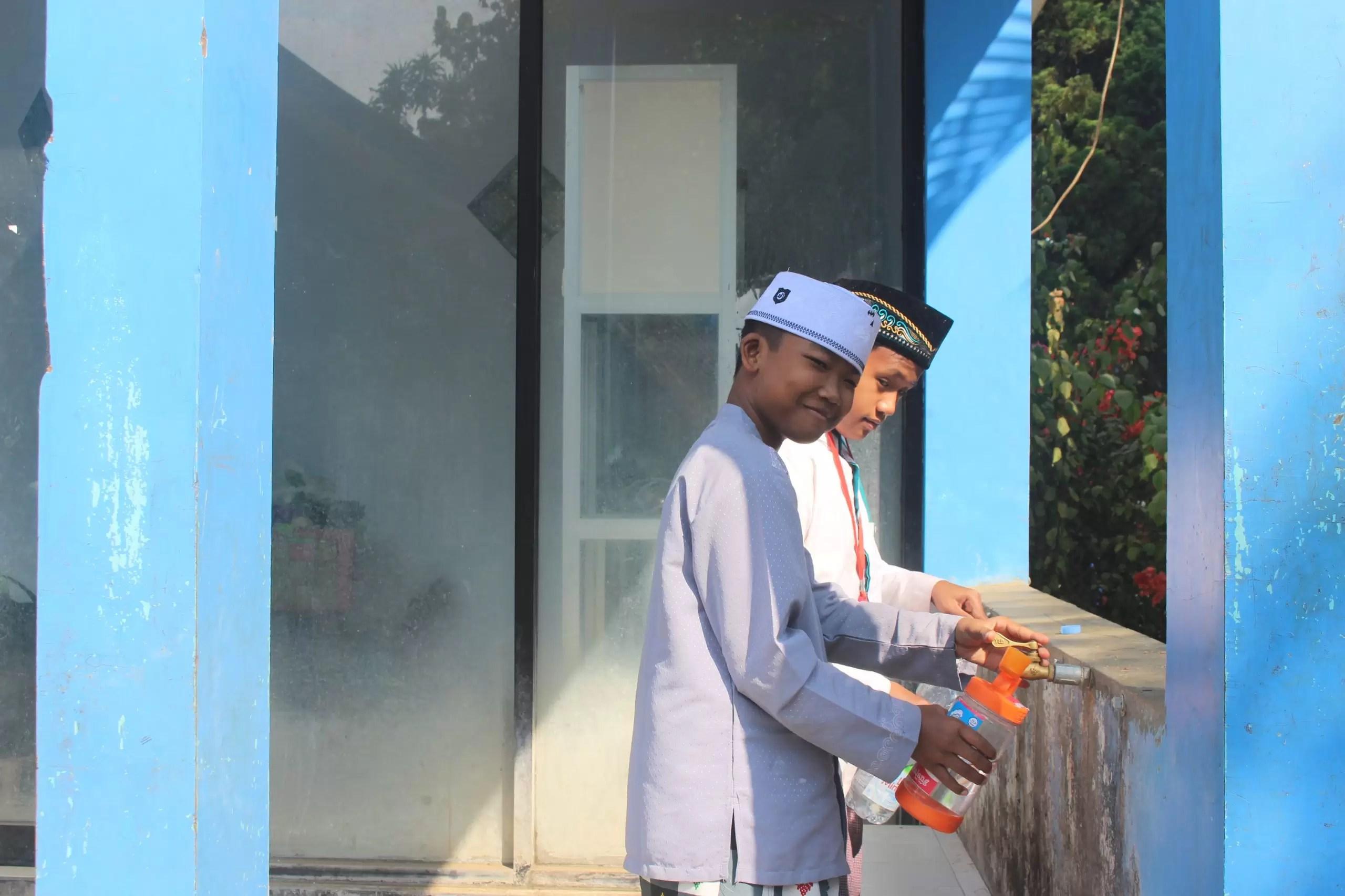 Menikmati Air di Pondok Pesantren An-Nur II