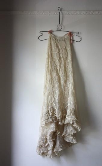 underskirt