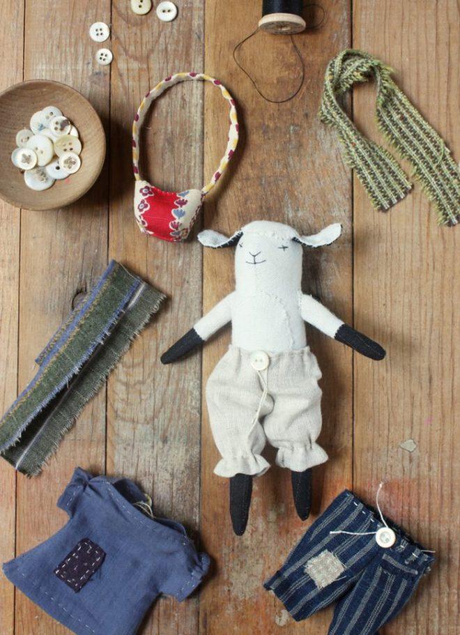 tiny doll wardrobe