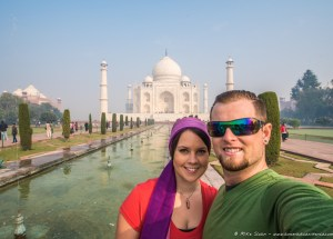 Mike & Amy Selfie at Taj Mahal, Agra (1 of 1)