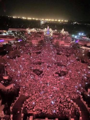 crowds 3
