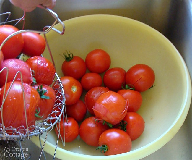 How to peel tomatoes easily-cooling