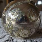 Fun, Easy Glitter Christmas Ornaments