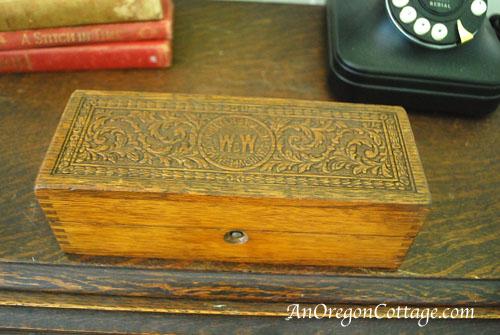 original accessory box
