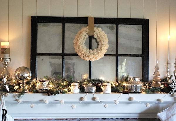 Christmas-Mantel-Wool-Wreath