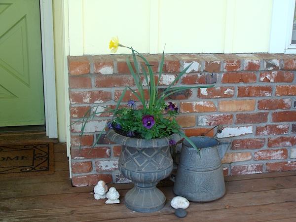 Simple Spring Planter
