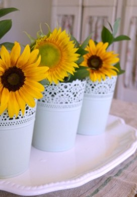 Decorating With Summer Flowers
