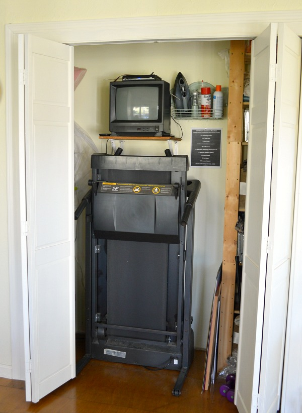 Simple easy workout routine -Treadmill Closet