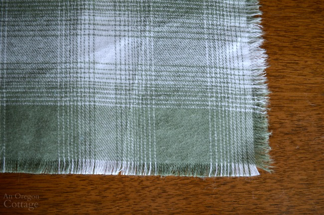 Edges of No-Sew Fringed Table Runner
