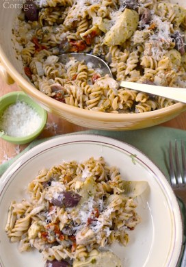 20 Minute Mediterranean Chicken Pesto Pasta Recipe