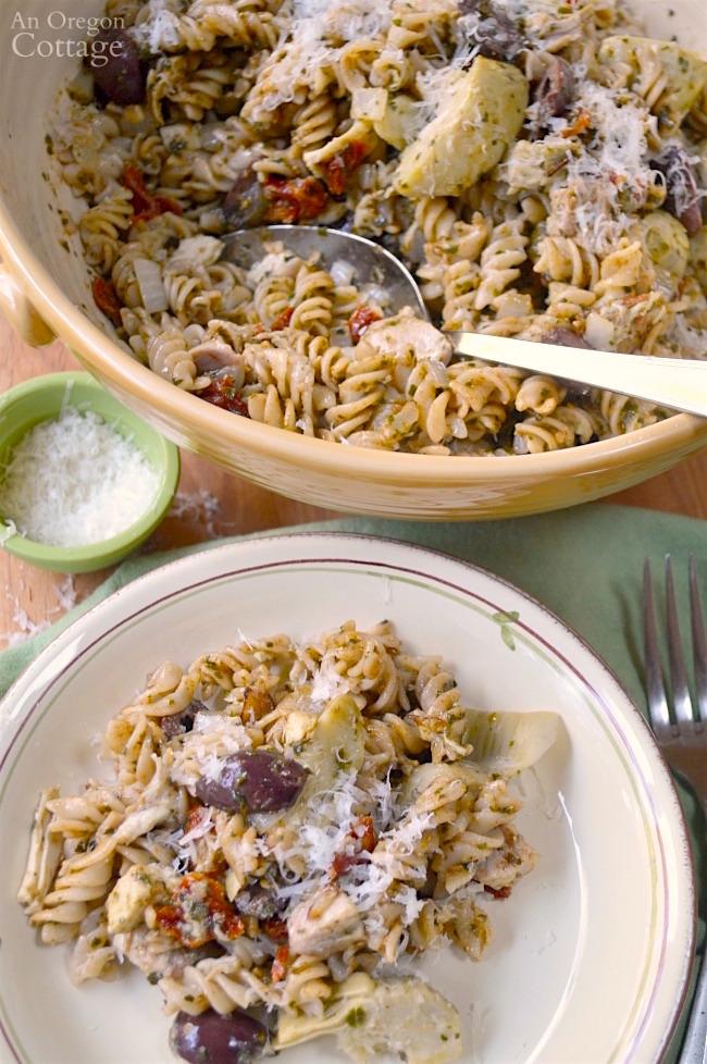 Mediterranean Chicken Pesto Pasta-family favorite