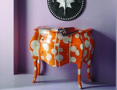 Pintar mobílias com imaginação