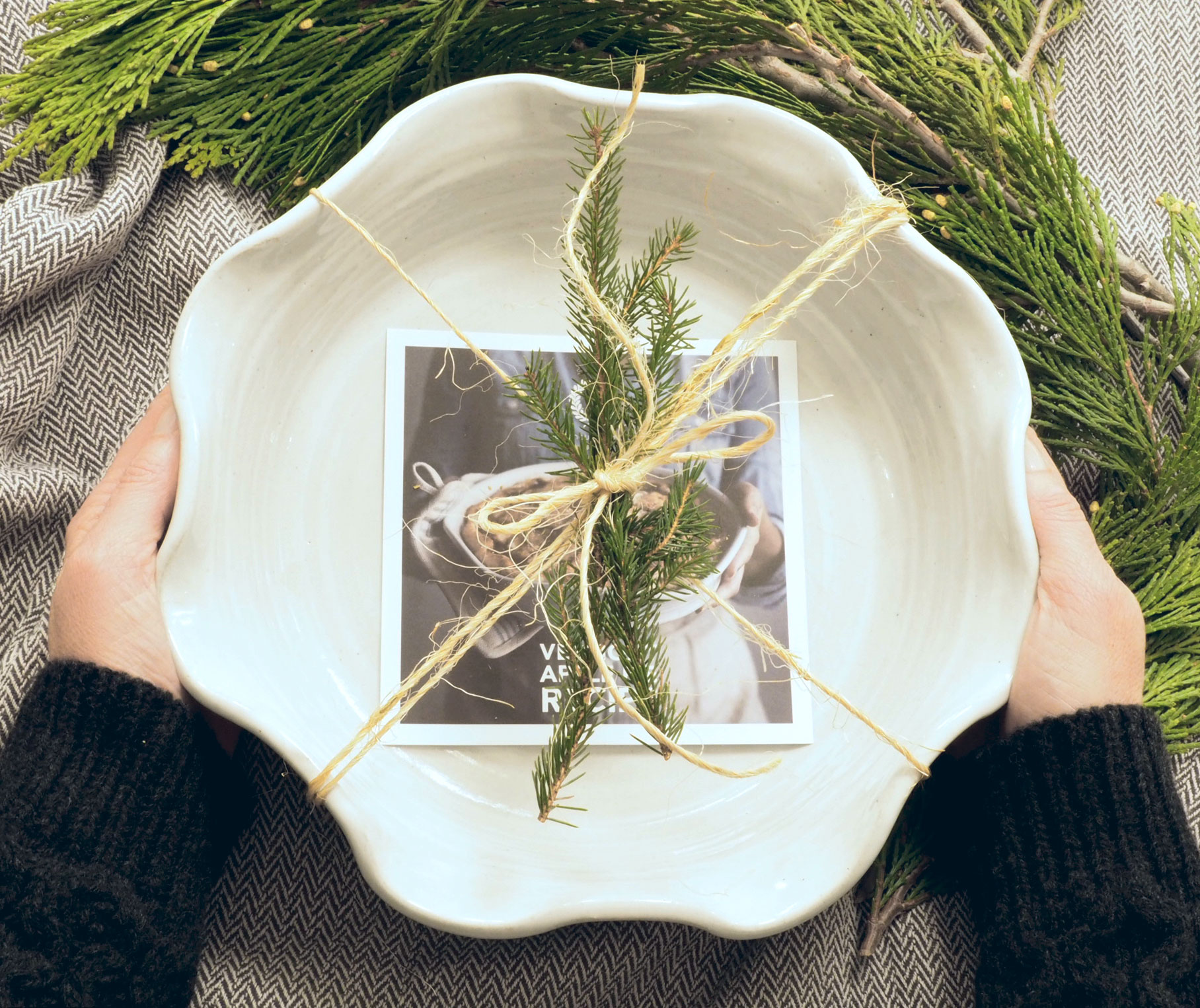Holiday Giveaway with Farmhouse Pottery