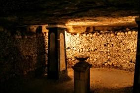 paris-catacombs-7-enclave