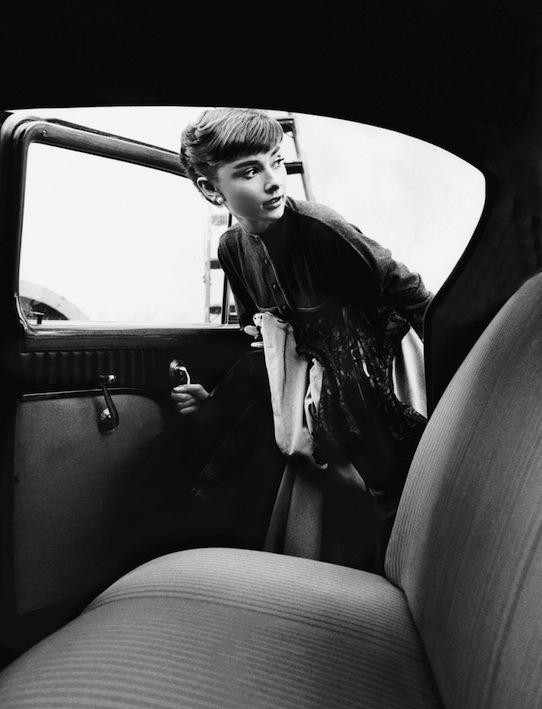 preview_ce_willoughby_audrey_hepburn_07_1005061121_id_355400