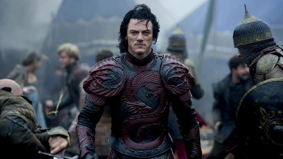 luke_evans_6021.jpeg_north_1160x_white